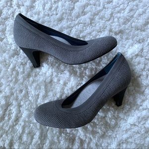 Betabrand Late to the Gate Heels SZ 8